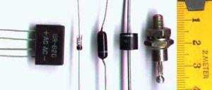 'Componentes y circuitos el�ctricos'